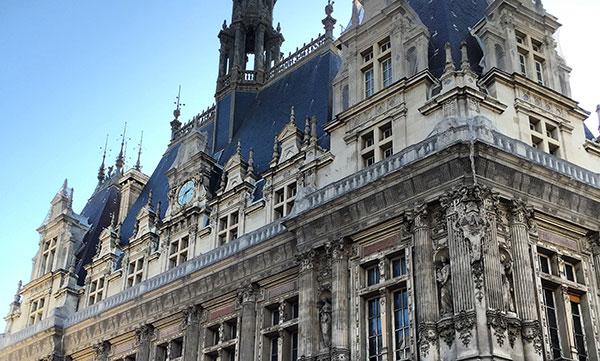 Façade de la Mairie du Xe - Paris
